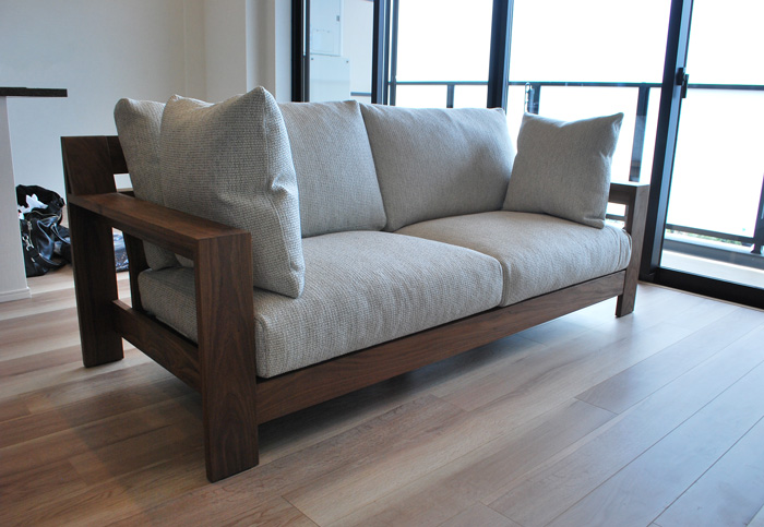 sofa feather gray walnut