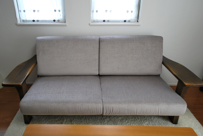 repair cushions of sofa