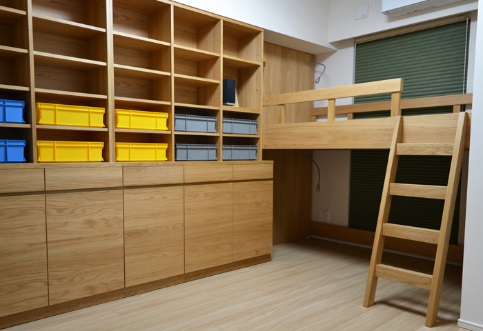 children's room boy's room wall storage loft bed book board oak