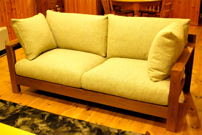 WAVE SOFA walnut 3rd solidwood