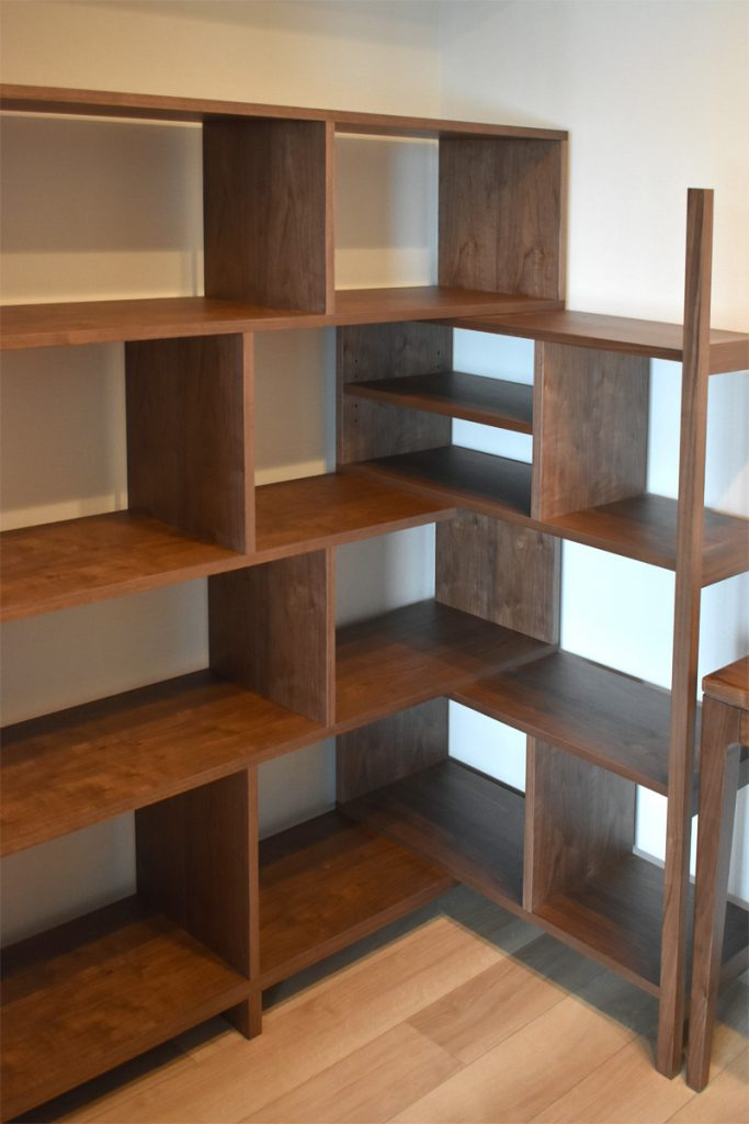 sa-002 walnut ordermade open-shelf
